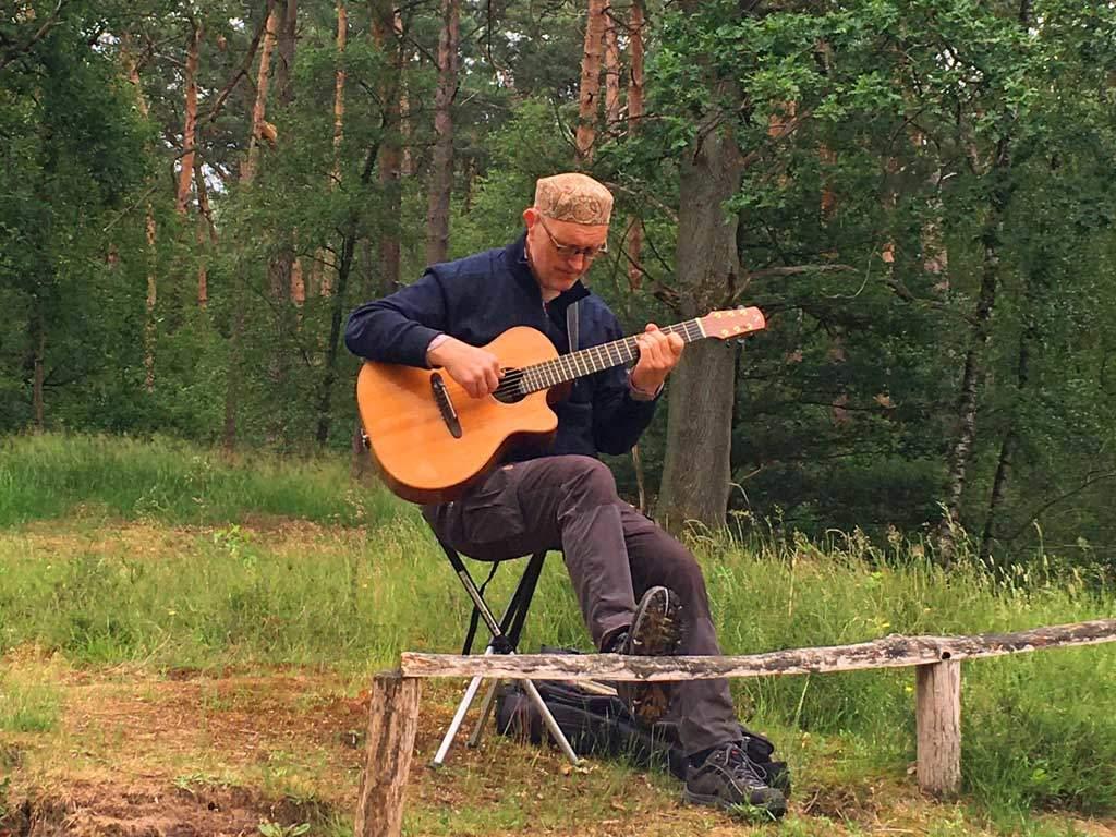 Gitarrenwanderungen mit Helm van Hahm – Foto 03
