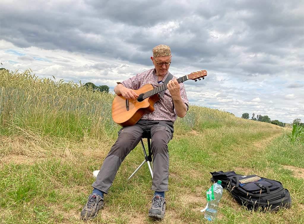 Gitarrenwanderungen mit Helm van Hahm – Foto 06